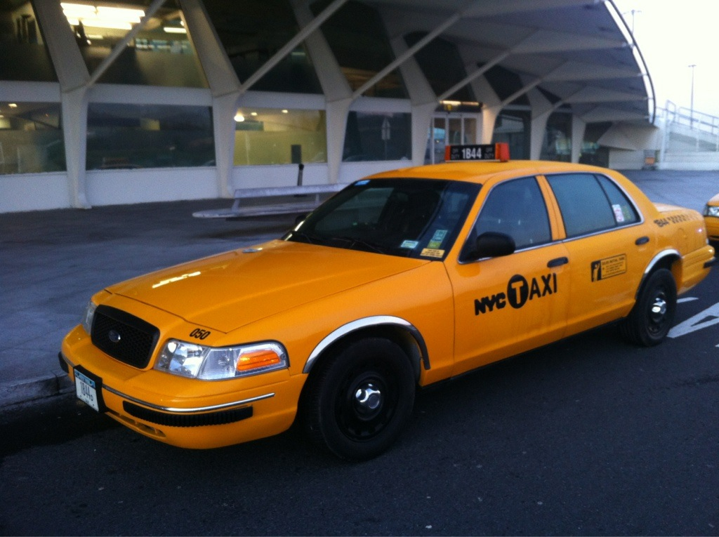 Taxi NY en el aeropuerto de BIlbao